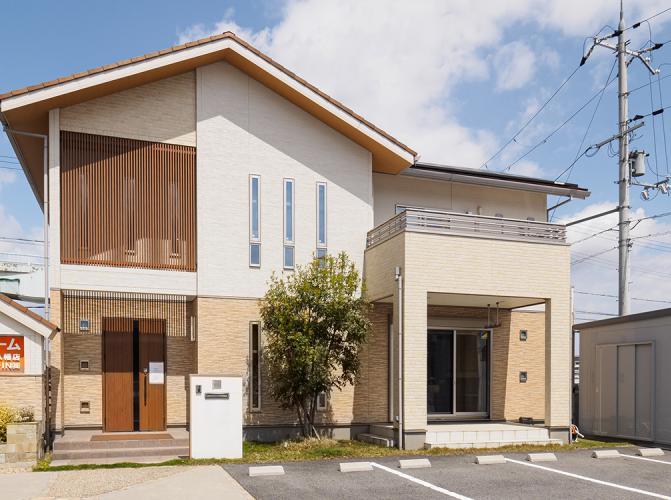 マコトホーム 近江八幡店 ALL・IN株式会社